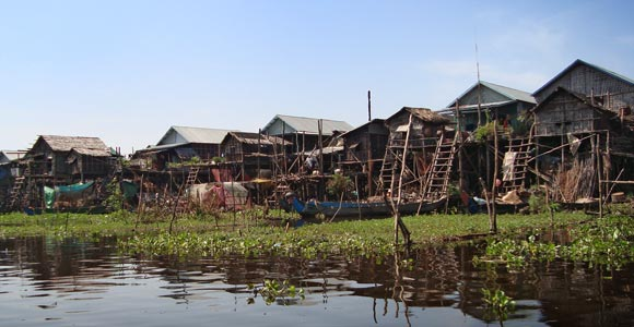The floating village of Komplong Phluk in the middle of Tonle Sap lake