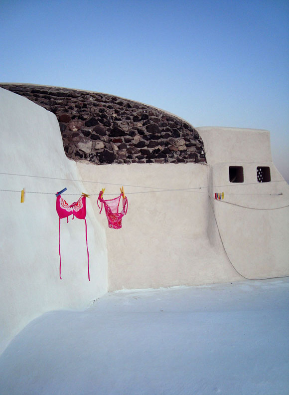 Hanging in Oia