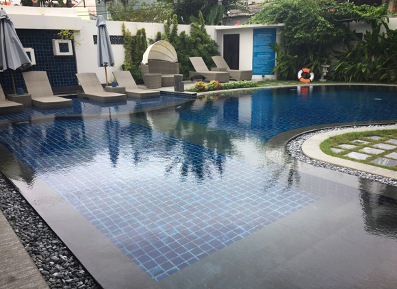 Maison Vy Pool Area